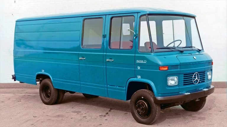 T2 | First Generation | Pre-facelift | 1967-1981